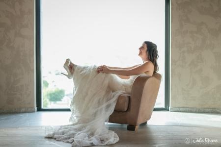Mariage de Sarah et Michael au Château Constellation à sion en Suisse - Photographe Julie Rheme