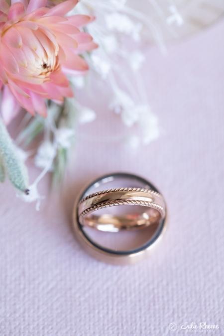 Mariage_Wedding_ring_alliance_Bonmont_Chateau_Golf_Suisse_Photographe_Destination_Luxury_FineArt_JulieRheme